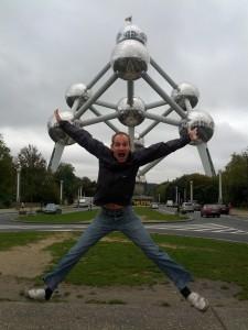 Jumping Picture Atomium