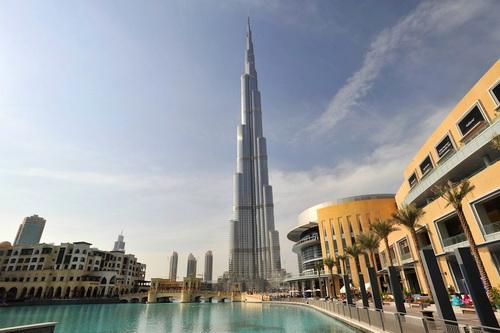 Burj_Khalifa_und_Dubai_Mall