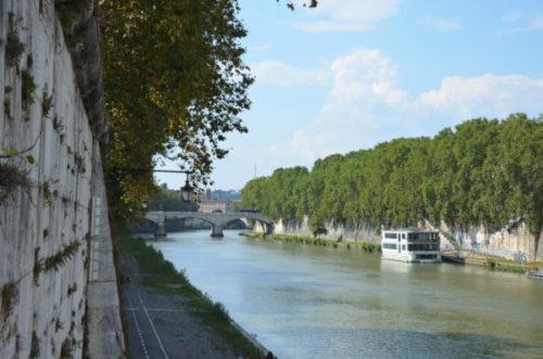 Ufer des Tiber Rom