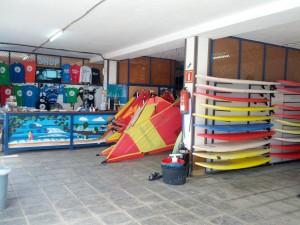 Surf- und Kiteschule Surfers Island