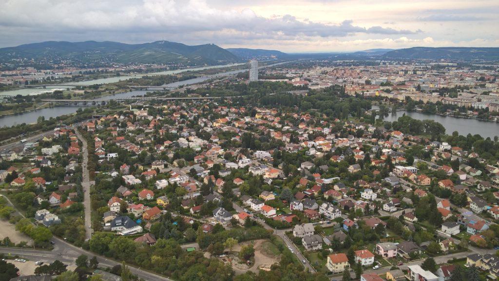 Aussicht vom Donauturm über Wien